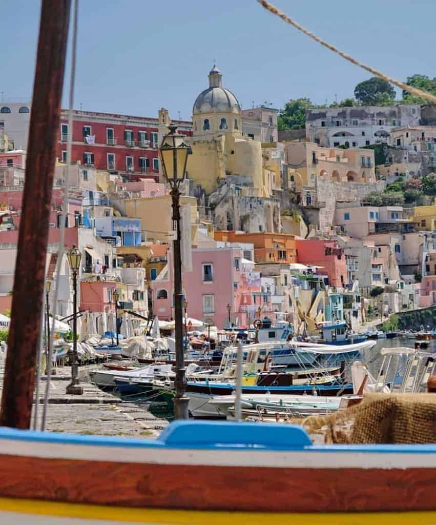 What to Wear in Italy: Procida Island, Italy