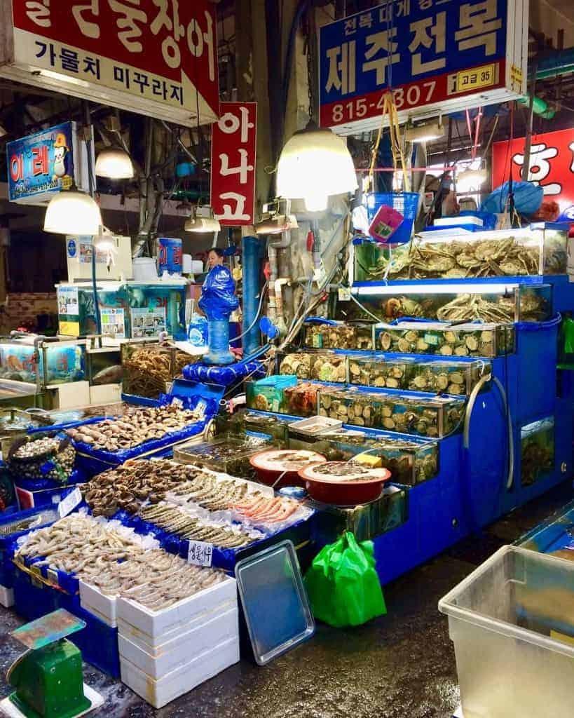 Stalls at Noryangjin Fish Market