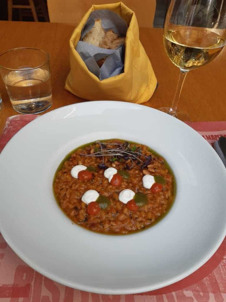 What to Eat in Greece: Thessaloniki resaurants serve a blend of