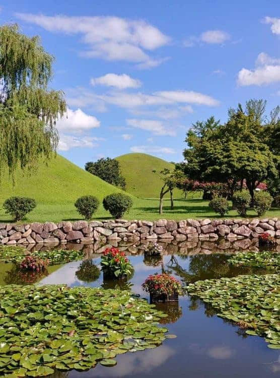 Things to do in Gyeongju: Visit the Dae Reung Won tombs
