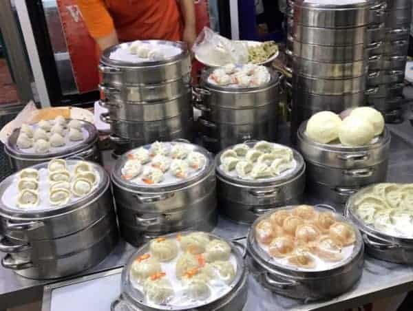 Busan Attractions: Seomyeon Food Alley is famous for cold noodles and dumplings!