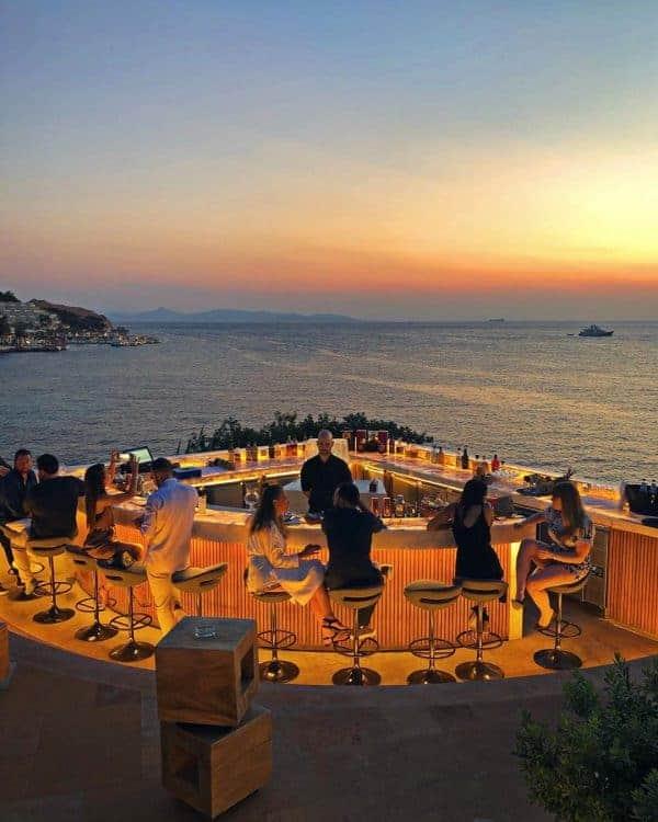 Vouliagmeni, The Athenian Riviera