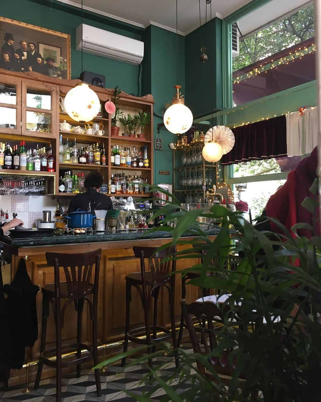 Lotte Cafe Bistrot