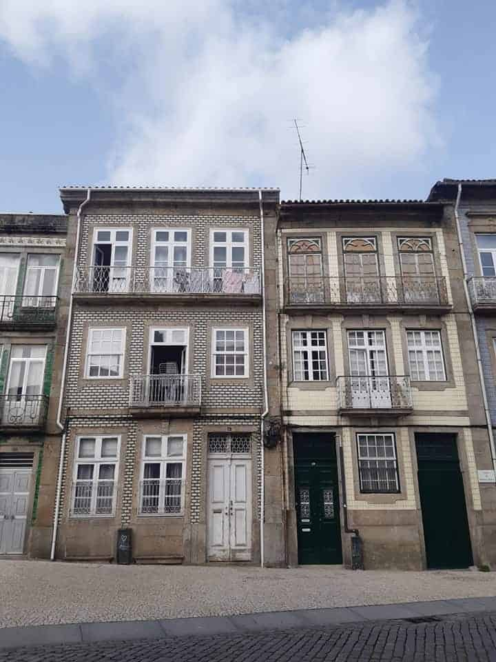 Braga is filled with old houses that are abandoned yet beautiful