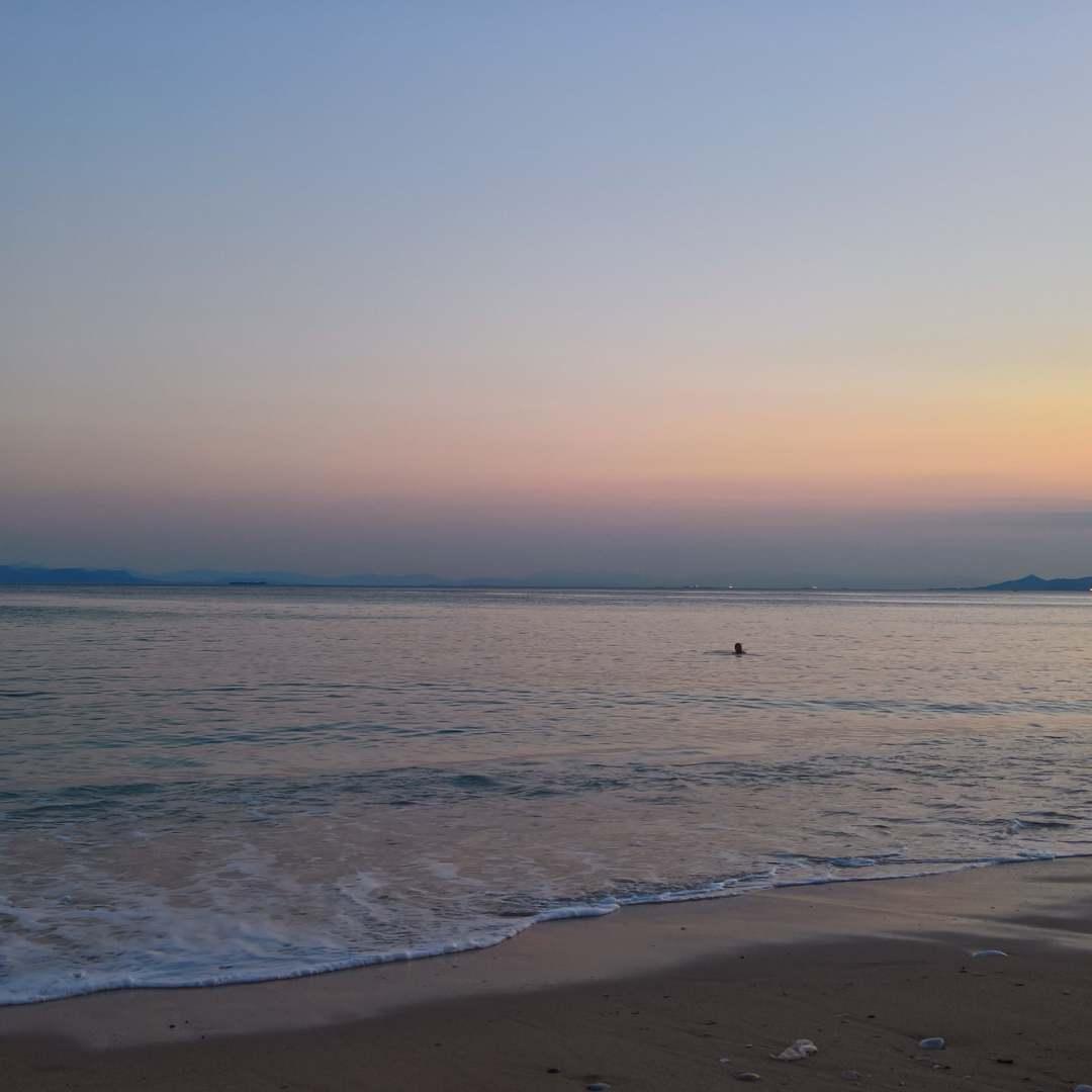 Eden Beach Resort, Athens