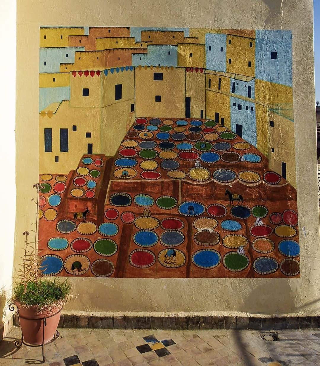 Morocco travel itinerary: Fes tanneries