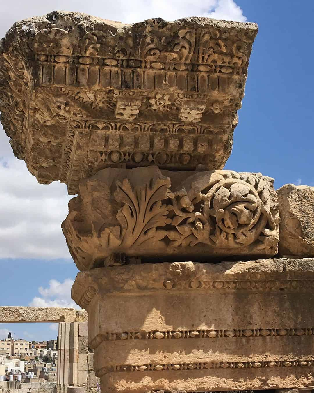 The crumbling ruins of Jerash