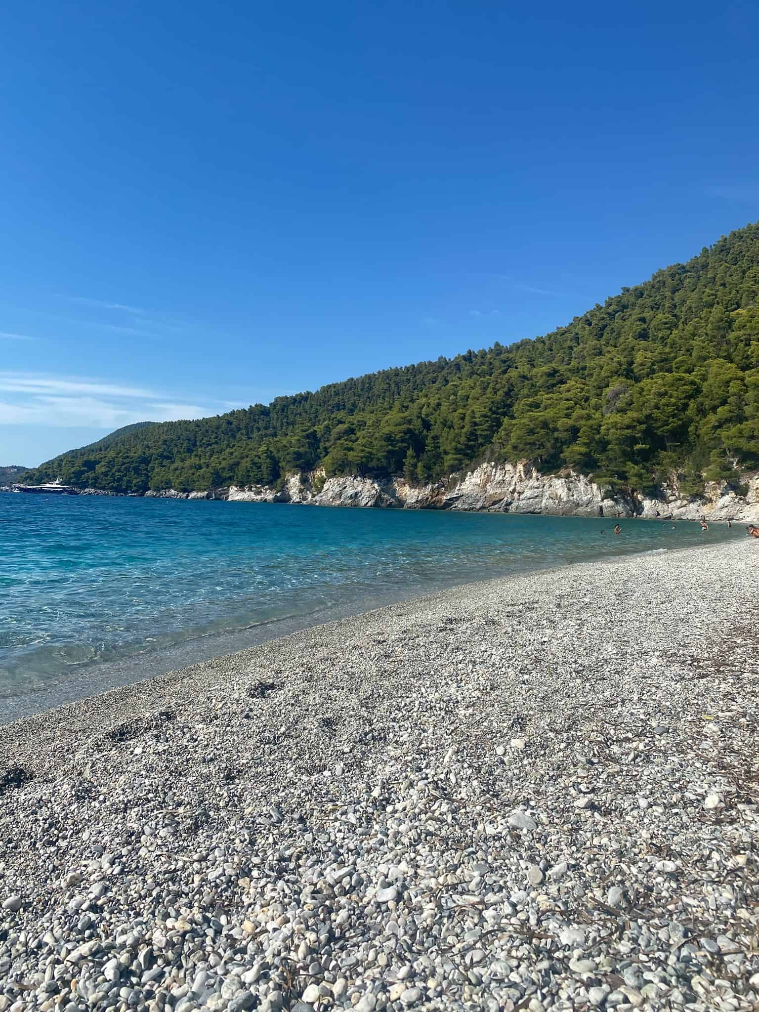Best beaches in Skopelos: Kastani