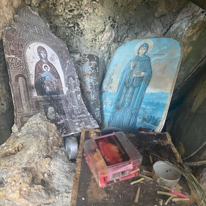A makeshift shrine inside the ruined monastery of Vlacherna