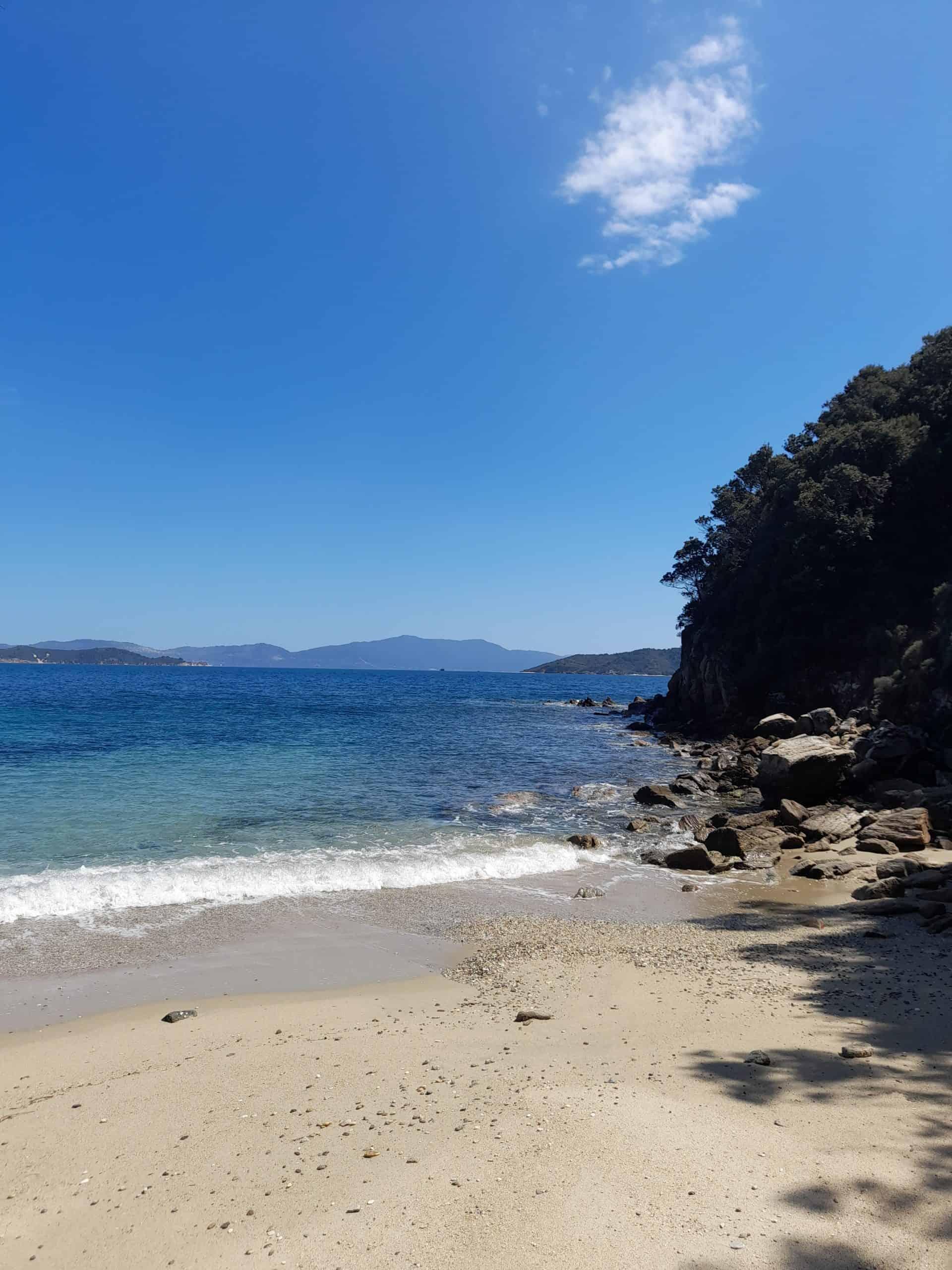 """""""Hidden"""" beach of Kanapitsa"""